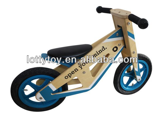 Popular wooden balance bike for children