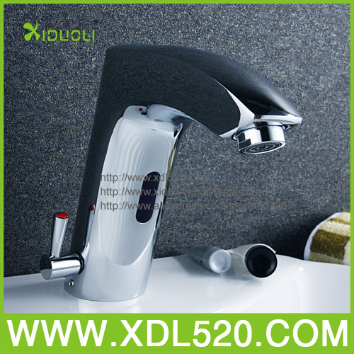 Automatic hand touch free cold and hot Automatic hand touch free cold water mixer tap