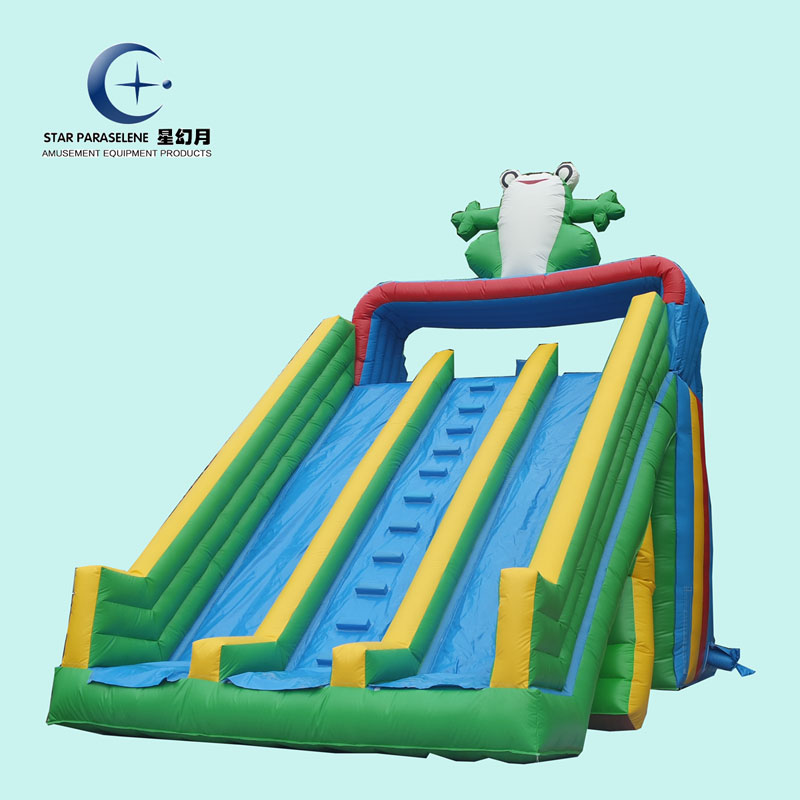 Hot sale good price giant kid game commercial giant frog inflatable water <strong>slide</strong>