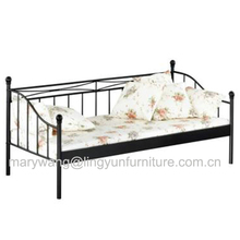 Promotion self assembly furniture metal day bed