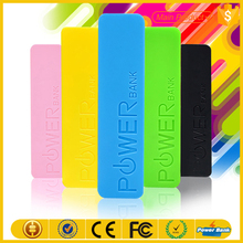 Candy colors mini portable mobile phone power 2600mah