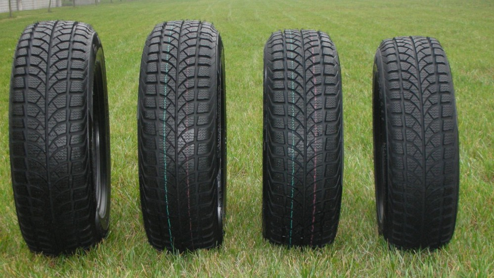 8.25R20 China Wholesale Truck and Bus Tyre, Discounting TBR Tyre Prices