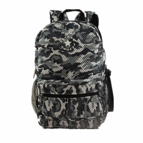 2017 Trendy fashion full camo printing sports custom backpack