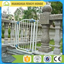High Quality Extensible Pet Dog Gate /Iron Pet Dog Gate Designs