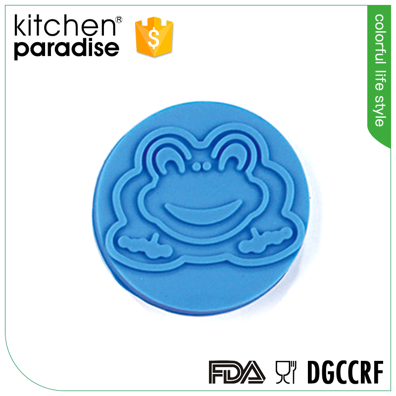 Fully Stocked frog shaped silicone cookie stamp