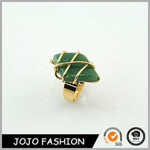 Fashion Jewelry Alloy Natural Stone Surround Resin Ring