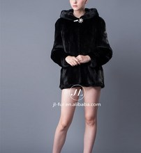 Wholesale Sofe and Luxury Mink Fur Winter Coat with Fur Hood for Women
