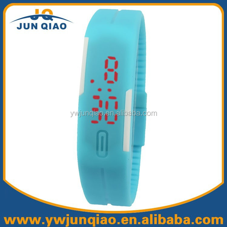 China Watch Factory Supplier Good Price Candy Colors Thin Rubber Silicone Sports LED Digital Watch Wristband