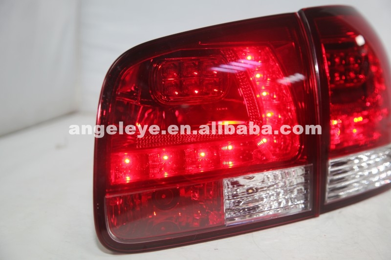 2003-2009 Year For VW Touareg LED LED Taillight Red White Cololr