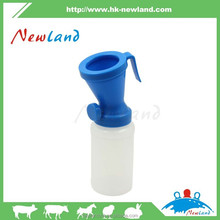new type Cattle Teat Dip Cups with Customizable printing logo/ Plastic PE Green color Teat Dip Cup Return Type for dairy cows