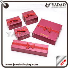 Reliable China Luxury Gift Box Packaging suppliers with white velvet interior