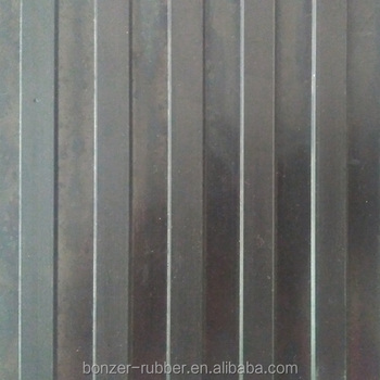 broad wide ribbed anti-slip rubber sheet