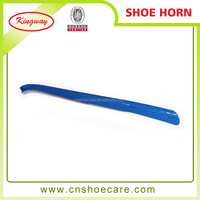 2015 blue color plastic long shoe horn manufacturer