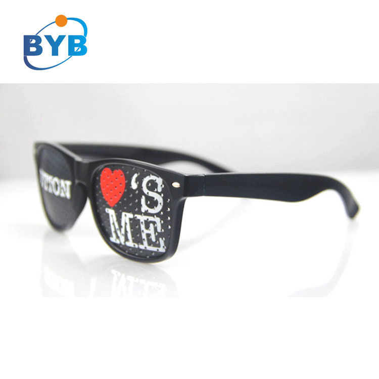 2017 cheap promotional pinhole advertising glasses with custom logo