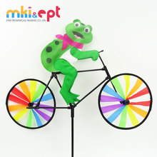 Promotional toys frog plastic <strong>windmill</strong> toy in low MOQ for kids