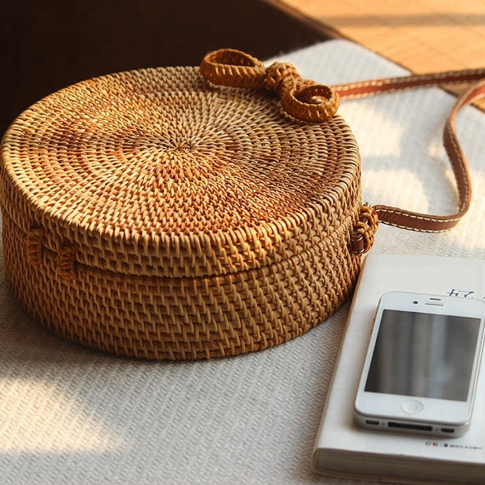 High quality rattan round bag with genuine leather handles, Rattan basket bags handmade in Bail, Bail bags