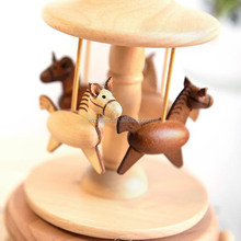 Wooden toy carousel horse rotating kid music box toy mechanism
