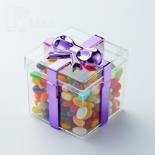 Kwang Hsieh Square Gift Box shaped Candy Container with Plated Ribbon