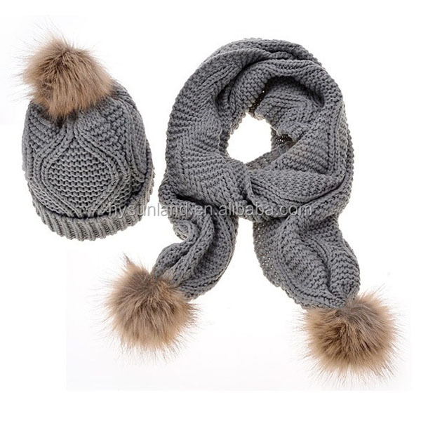 F-3184 new 2017 amazon hot sale knitted winter cable pom pom scarf and hat sets wholesale