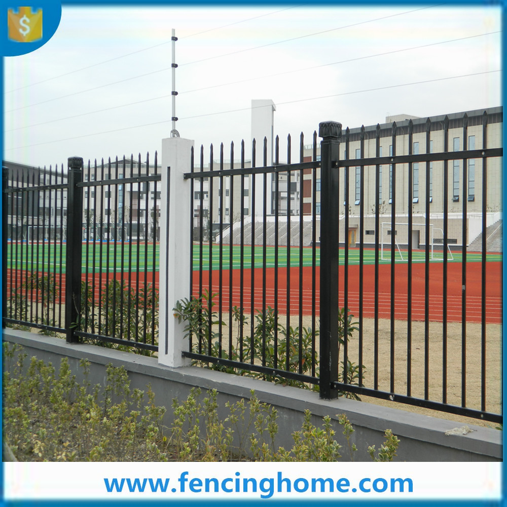 Temporary steel wire fence and garden fence panels