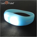 Hot sale led pulse patented silicone wristband silicone bracelet with motion sensor LED light