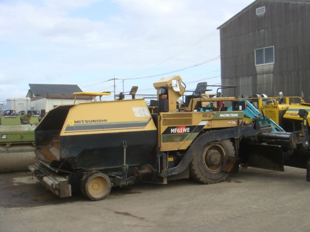 ASPHALT FINISHER MF 61 WE