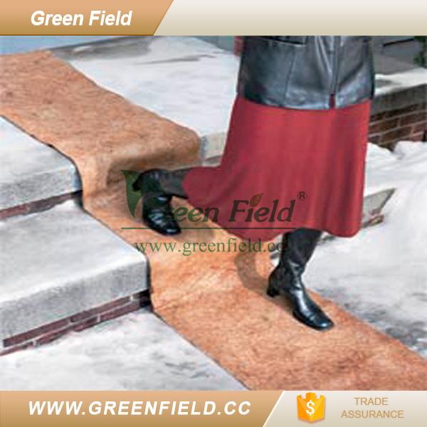 Green Field Anti Slip Ice & Snow Carpet Pad