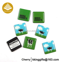 Customized clear resin sticker epoxy magnet/ epoxy fridge magnet with plastic box