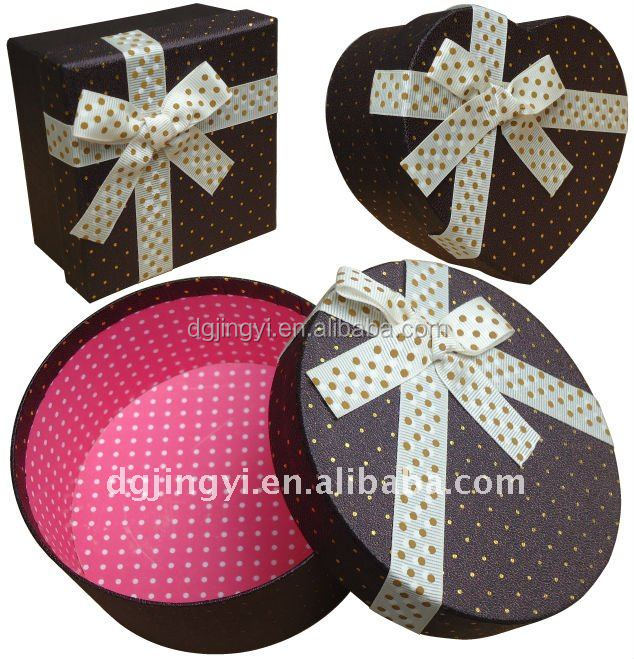 Customized Paper Craft Chocolate Gift Box