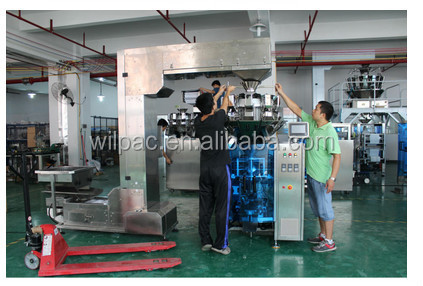 Automatic granola bar packaging machine with small scale weigher