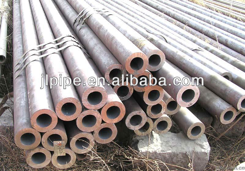 ASTM A213-T11 Seamless Alloy steel pipe for high temperature services price per ton China trade goods in stock