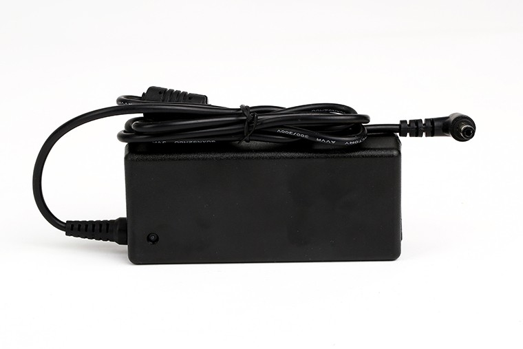 Brand new laptop power adapter for LCD 48W