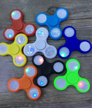 2017 Newest ColorfulLED LightHand Spinner Toys