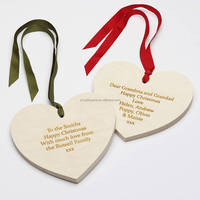 2016 fashion hot eco-friendly handmade wholesale Christmas decorations family ornaments carved wood shape hearts made in China