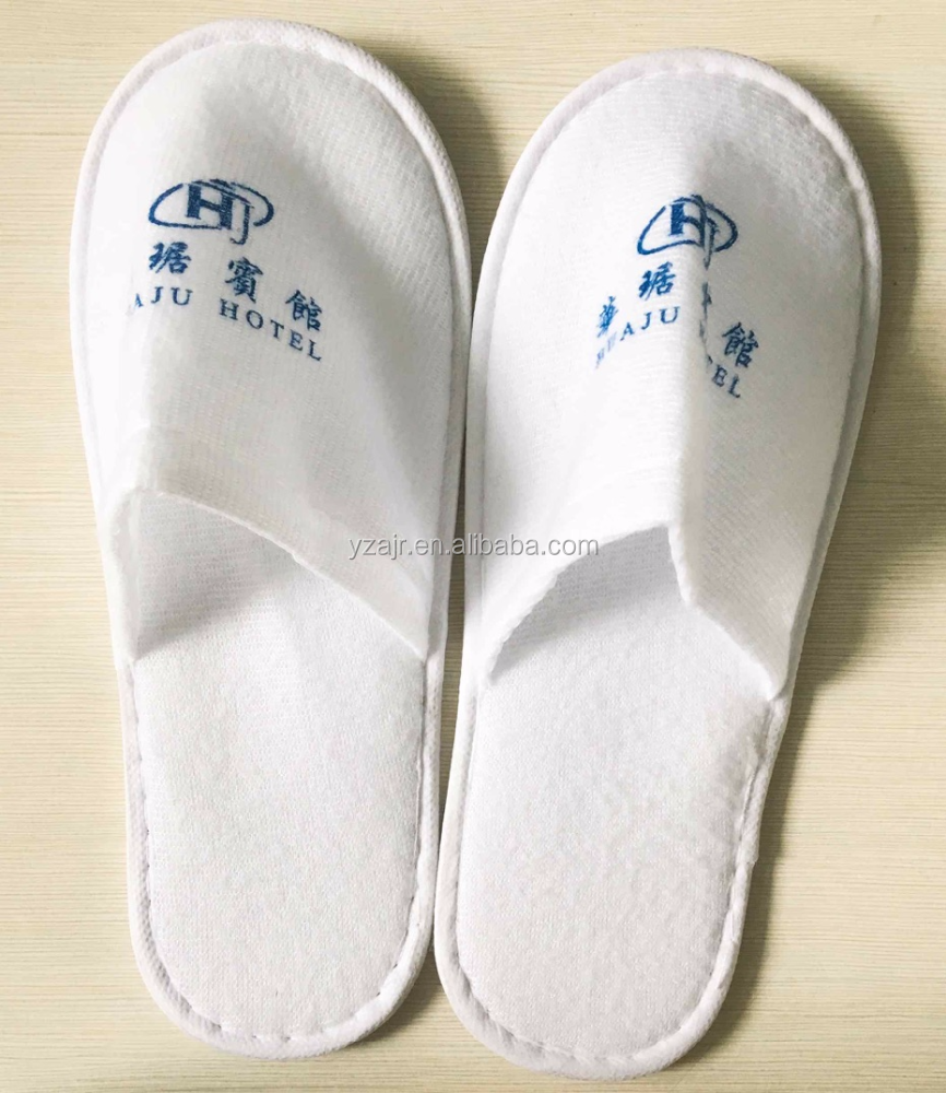 Low price high quality hotel plush slipper