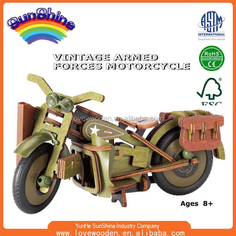2016 New Hot Sell Wooden toy EN71 ASTAM stander Wooden toy car assembly Vintage Armed Forces Motorcycle ESHN0010