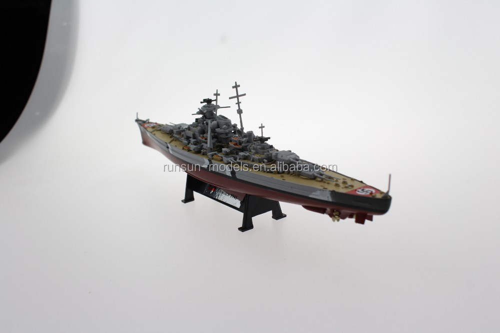 1:1000 scale German battleship Bismarck die cast toy ship