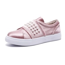 Spring Wholesale Ladies Girls Shiny pearls Studded Slip-On pink Flats casual shoes