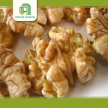 wholesale high quality raw walnuts crushed walnut shells with shell for sale