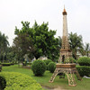 Factory price wholesale large size outdoor metal Eiffel Tower sculpture