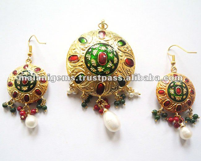 Pendant With Earring set Indian Gemstone Jewellery