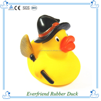 2015 hot sell popular rubber yellow baby duck bath toy
