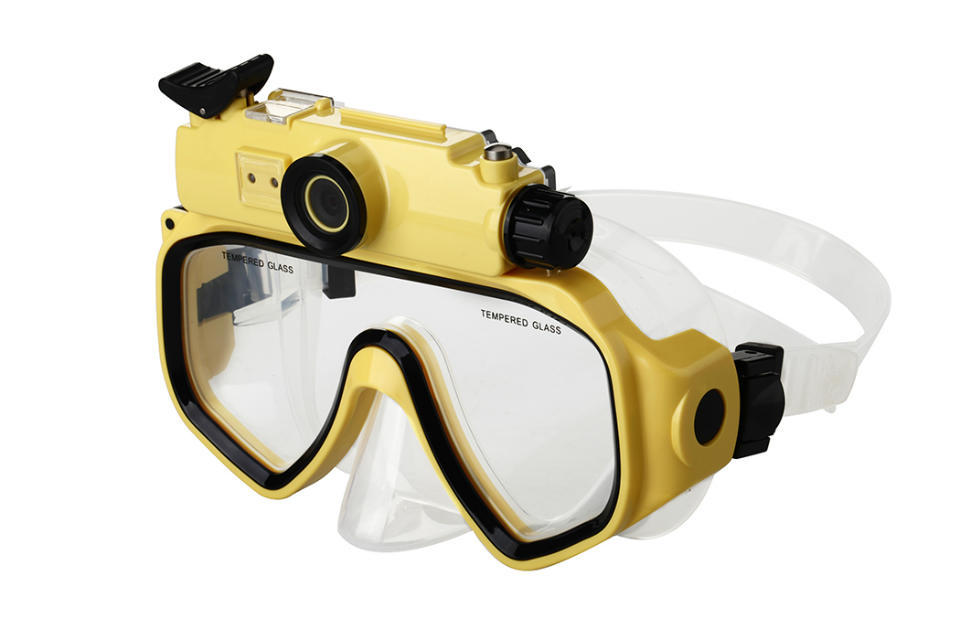 HD 720P Digital Diving Camera Mask Waterproof Underwater Video Camera Scuba Diving Mask with LCD Screen yellow