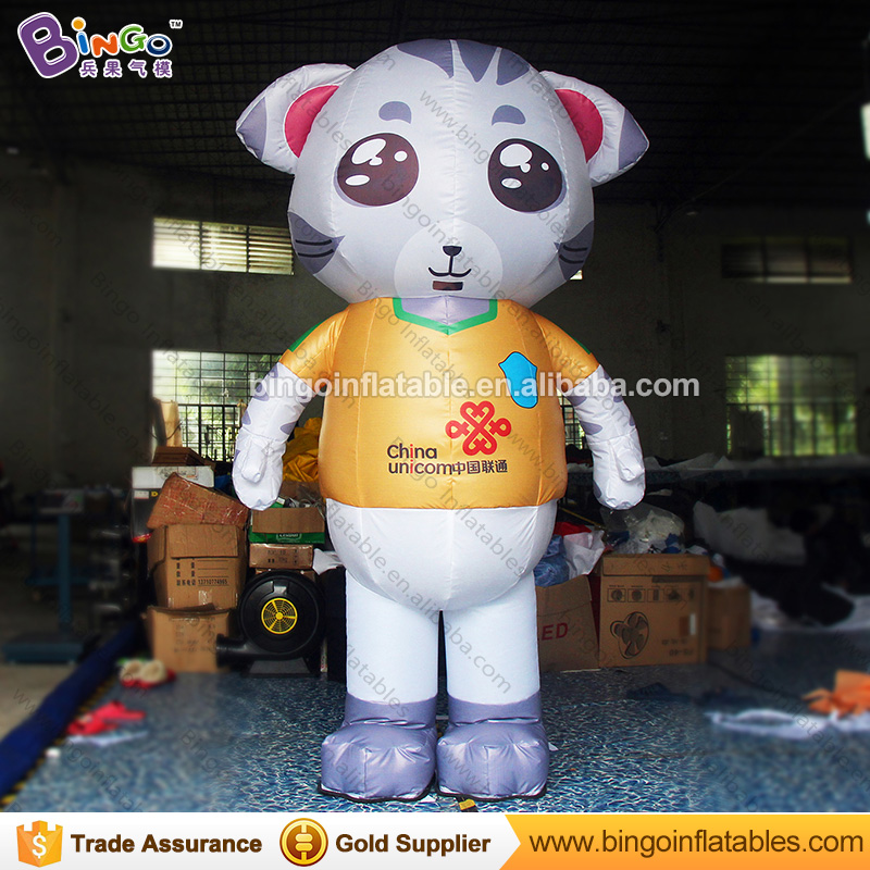 Advertising inflatable cat moving walking cartoon for promotion
