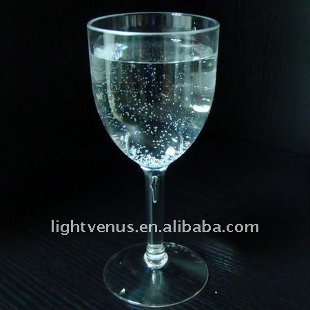 Crystal Clear Plastic Red Wine Glass