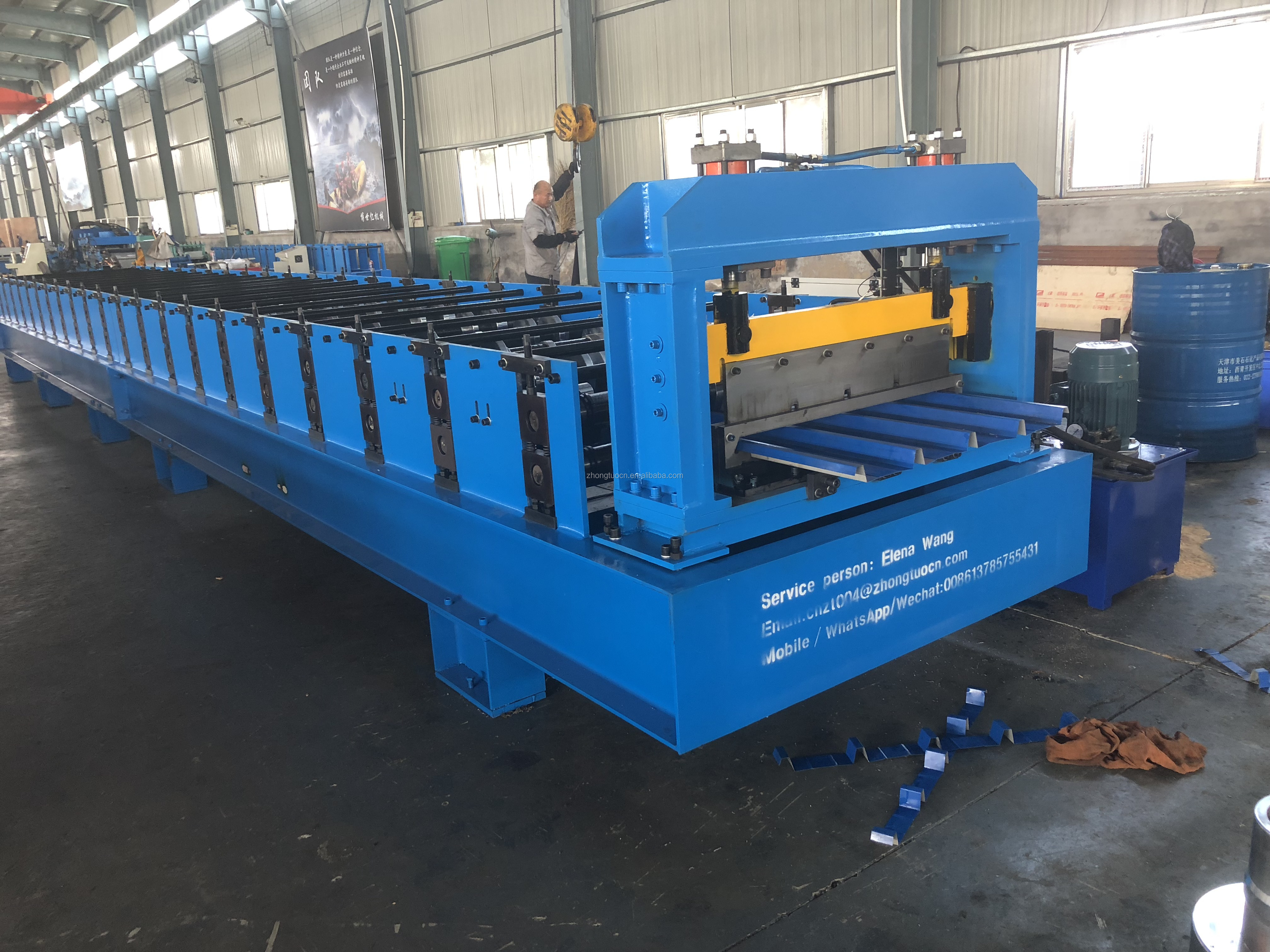 New product ZT1000 metal roof sheets forming machine