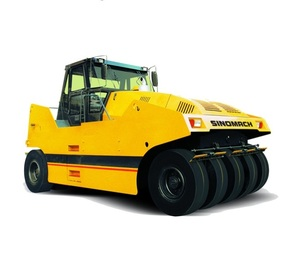 SINOMACH construction machinery new pneumatic tyre road roller GYR351