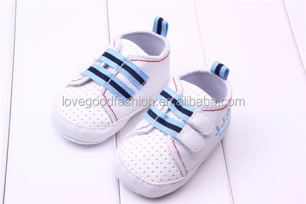 BELLA & LYNN 2016 Hot Selling white high top baby walking shoes Cute and Non-Slip Toddler Infant Footwear