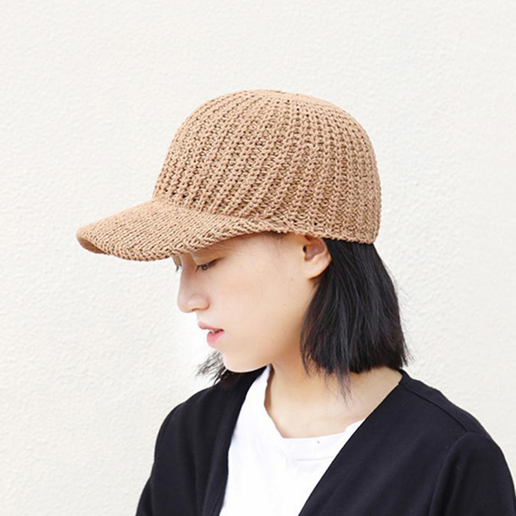 Competitive Price Most Popular Multi-Panel Lady's Fashion Knitted Cap