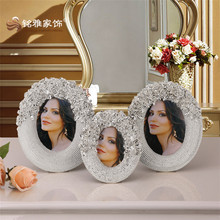Latest wedding decoration luxury house decor polyresin photo frame for tobletop decor